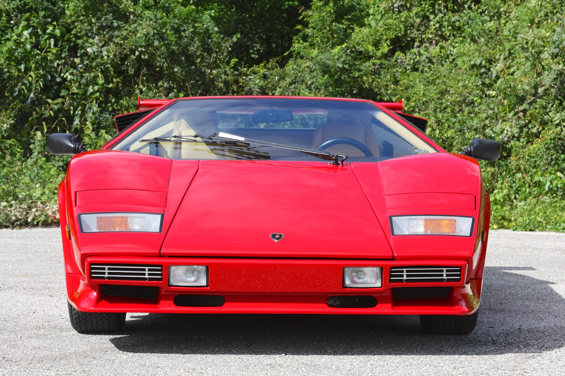1983 Lamborghini Countach (CLA12540) - 02.jpg