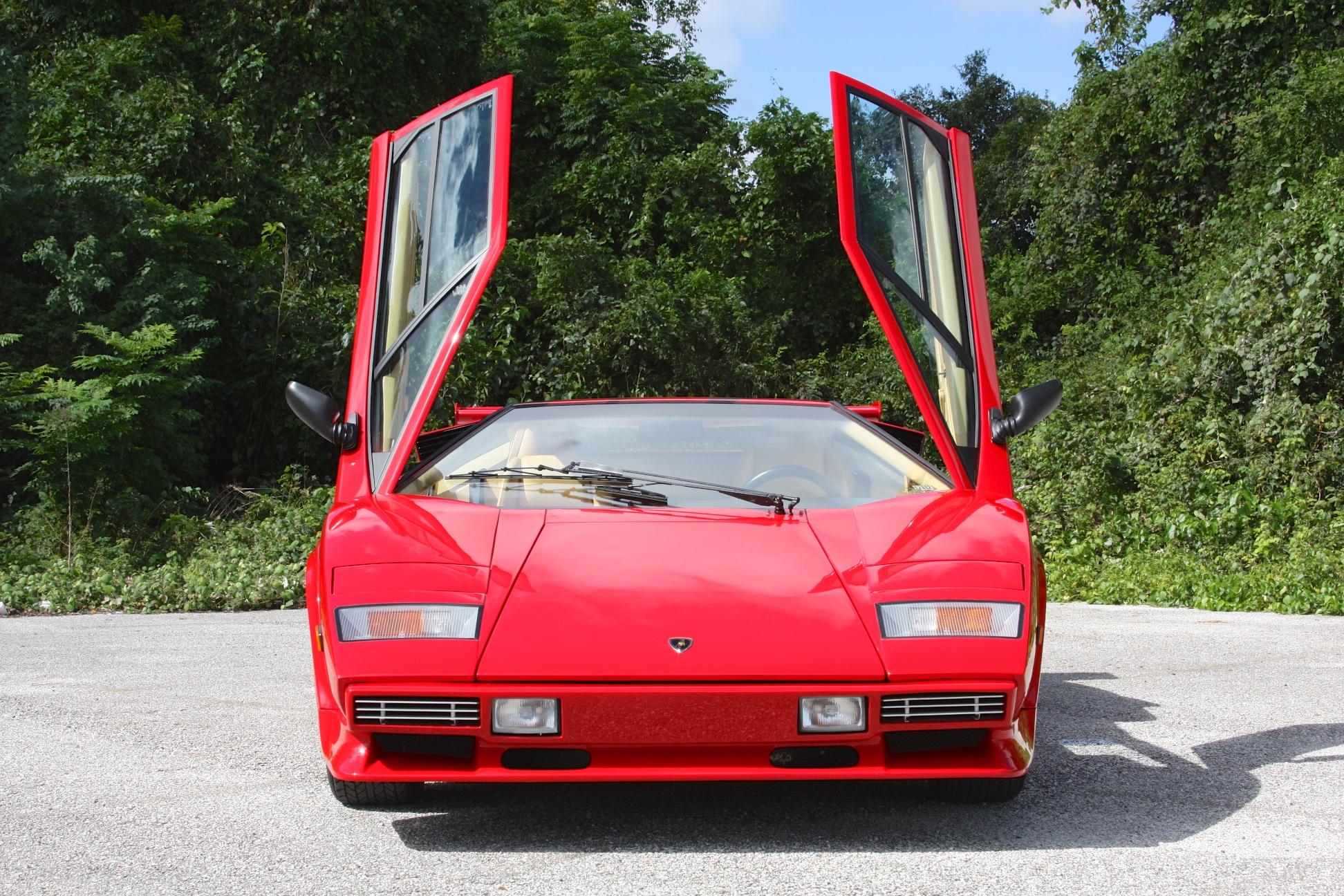 1983 Lamborghini Countach (CLA12540) - 15.jpg
