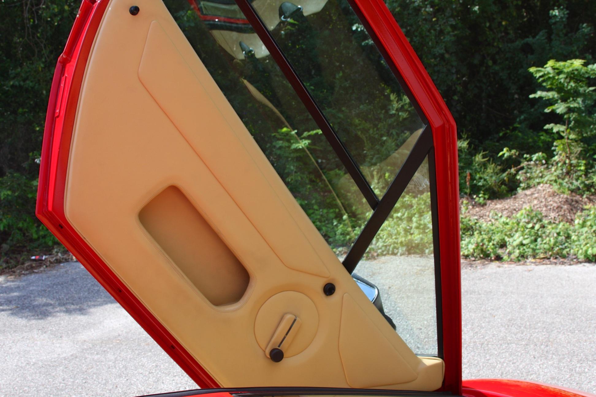 1983 Lamborghini Countach (CLA12540) - 21.jpg