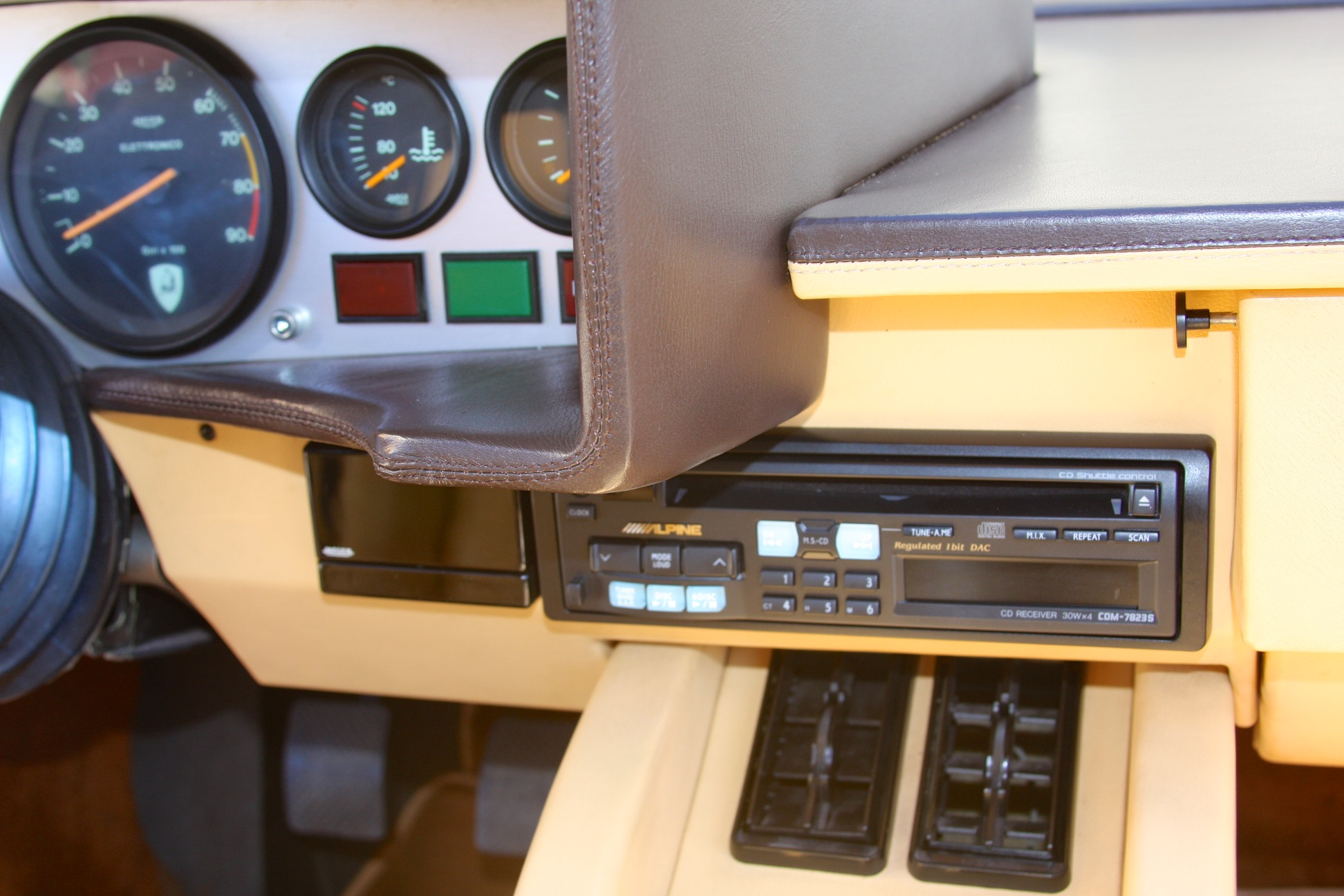 1983 Lamborghini Countach (CLA12540) - 39.jpg
