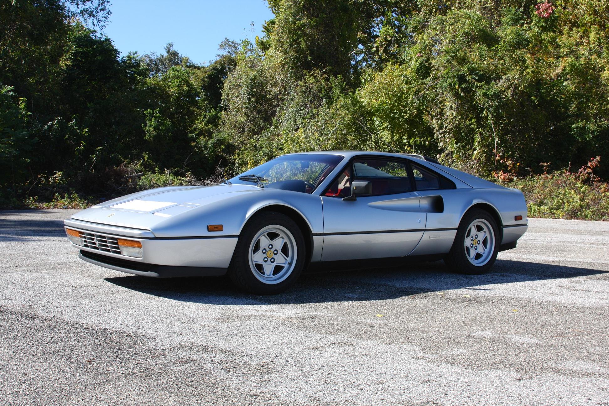 1988 Ferrari 328 GTB (J0075912) - 10.jpg