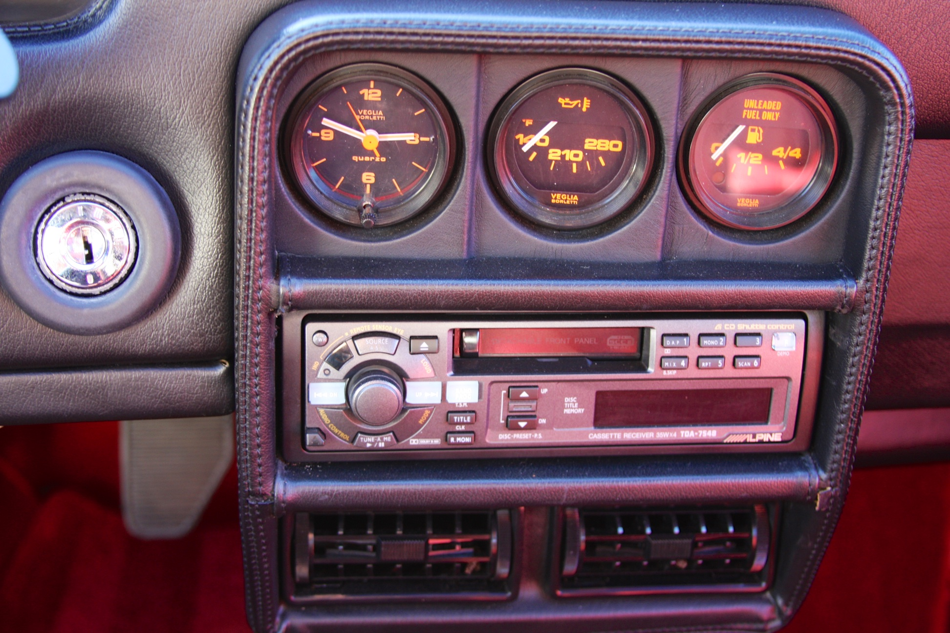 1988 Ferrari 328 GTB (J0075912) - 21.jpg