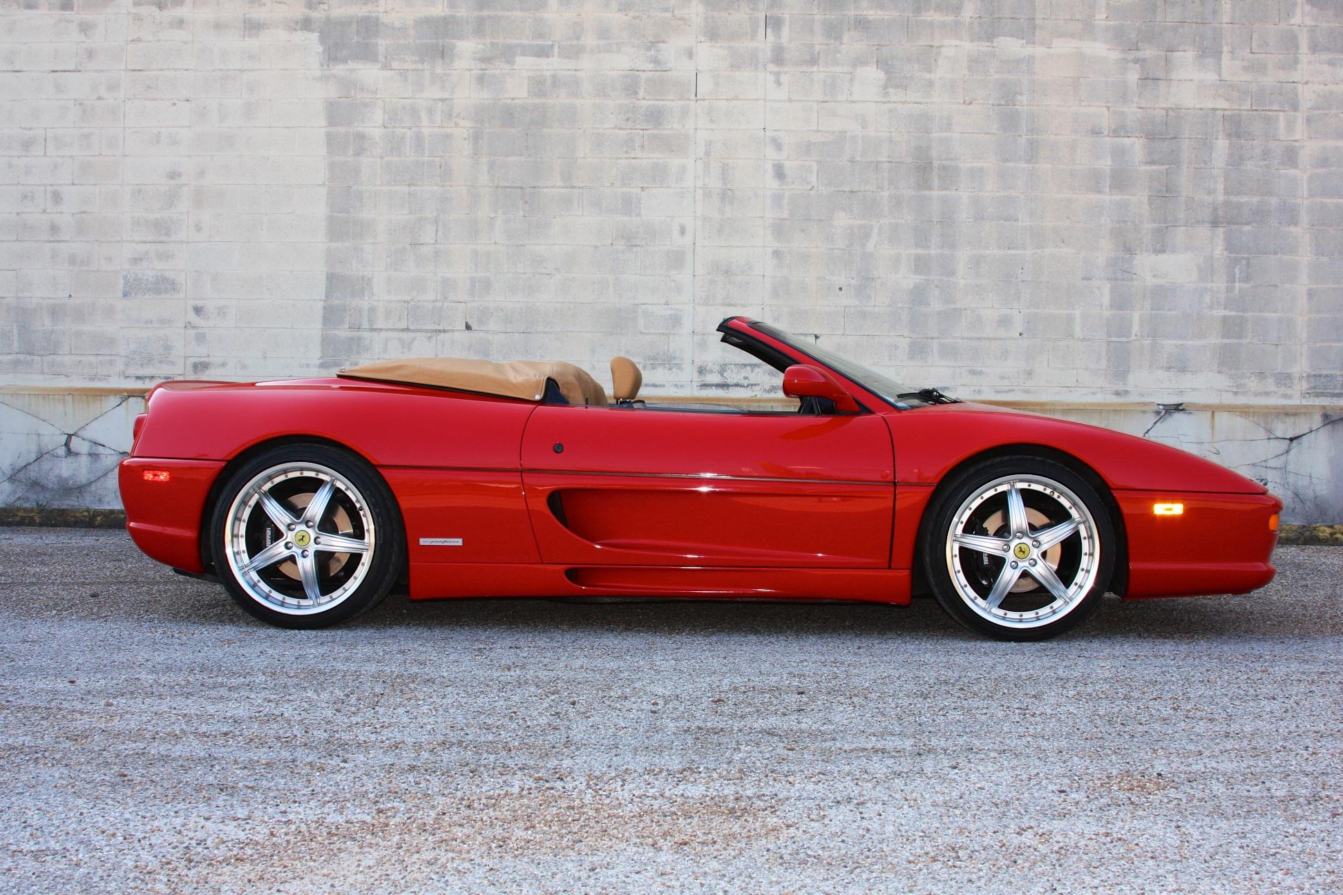 1996 Ferrari F355 Spider (T0105008) - 02.jpg