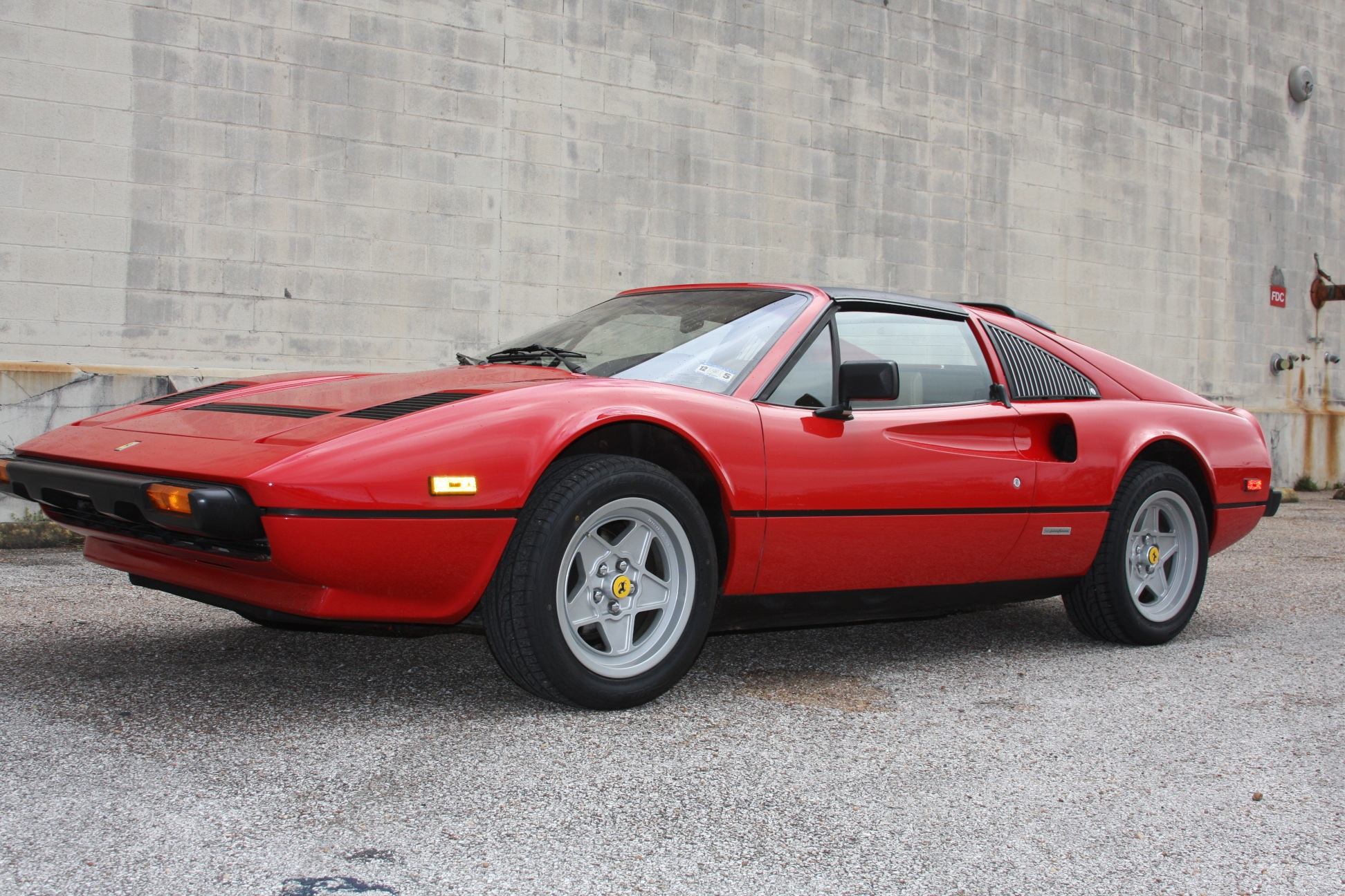 1985 Ferrari 308 GTS (F0055601) 07.jpg