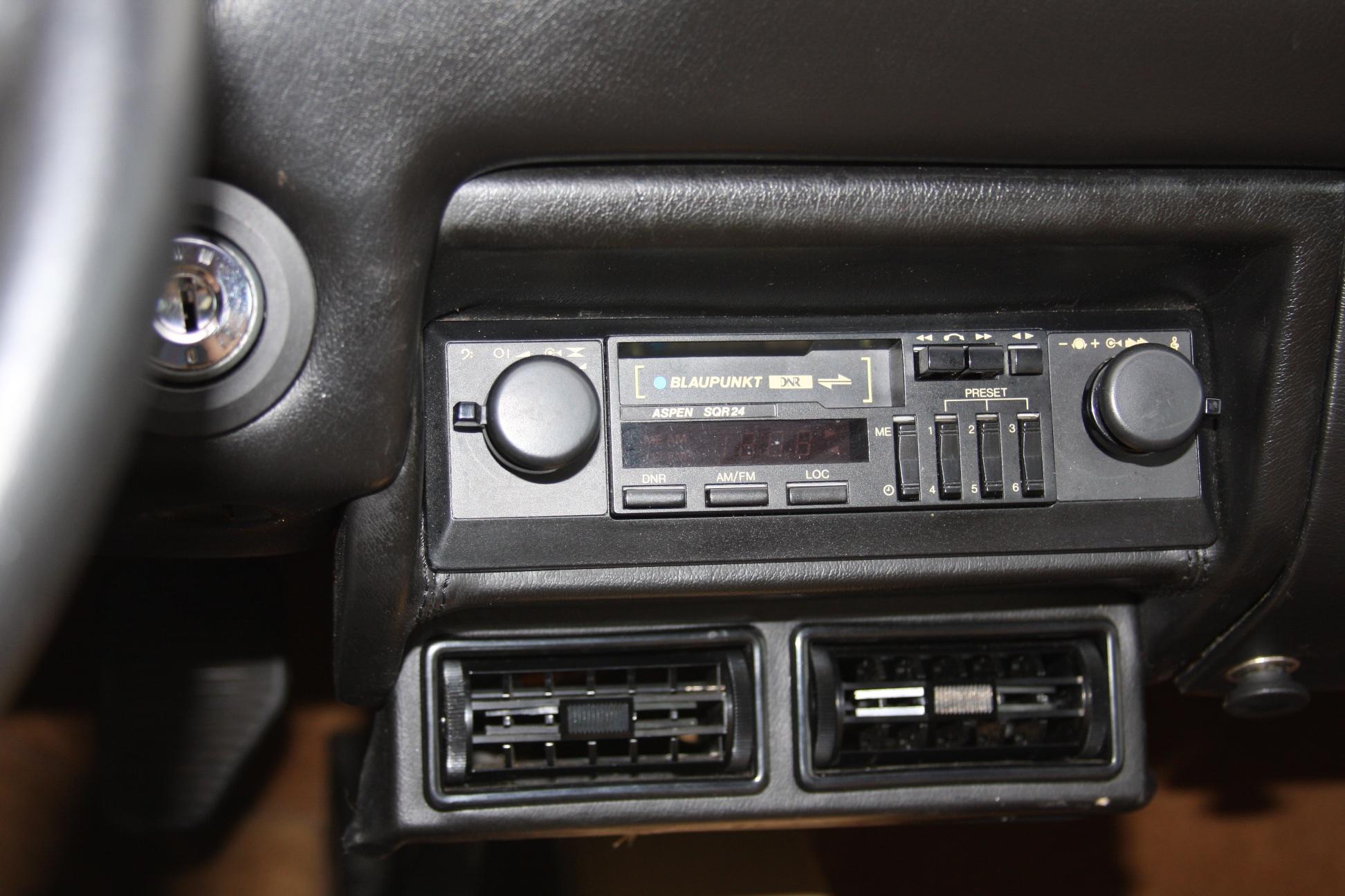 1985 Ferrari 308 GTS (F0055601) 14.jpg