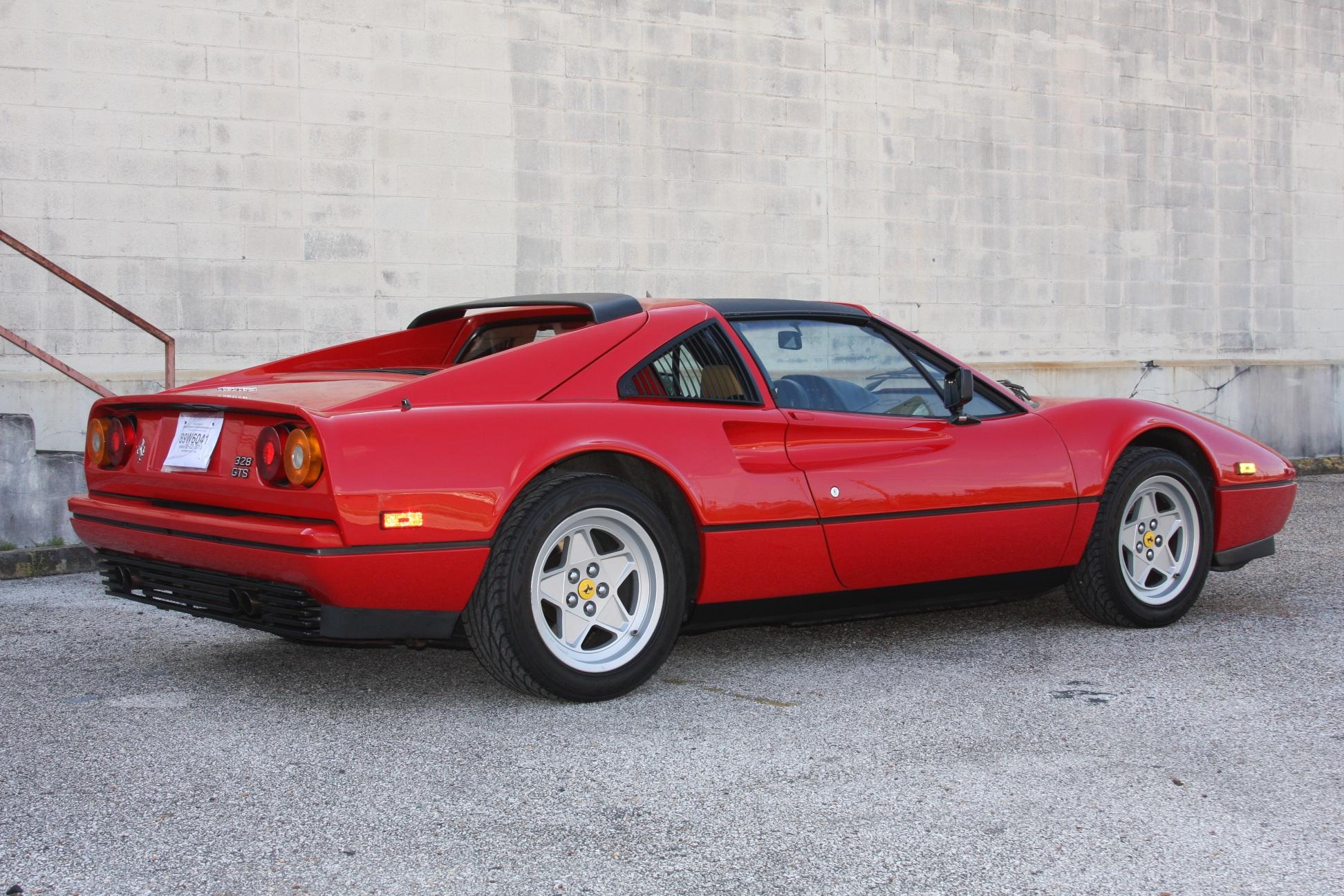 1988 Ferrari 328 GTS (J0075955) 3.jpg