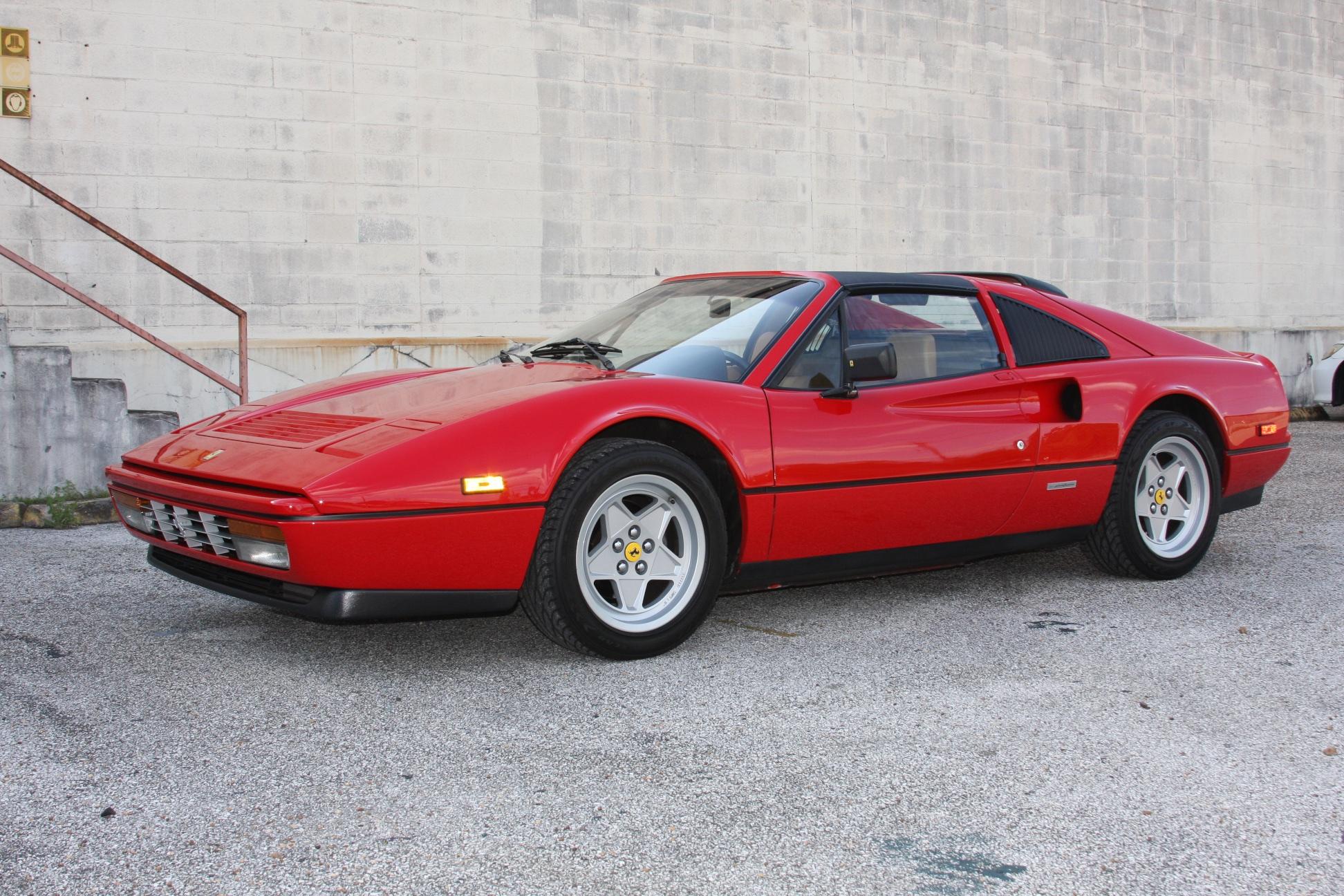 1988 Ferrari 328 GTS (J0075955) 7.jpg