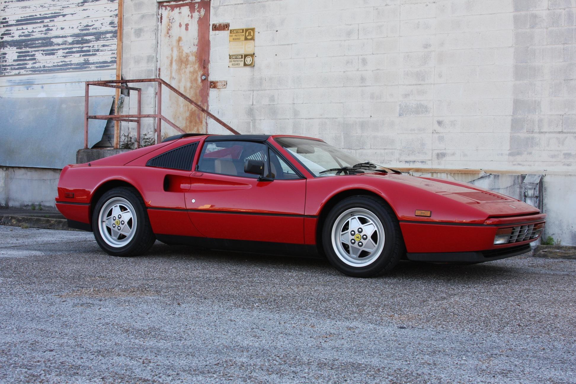 1989 Ferrari 328 GTS (K0080192) 01.jpg