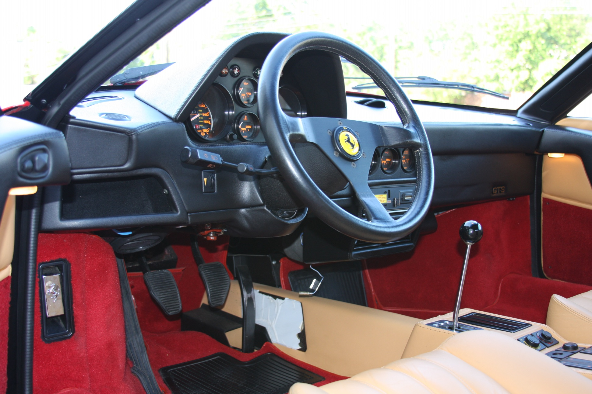 1989 Ferrari 328 GTS (K0080192) 10.jpg
