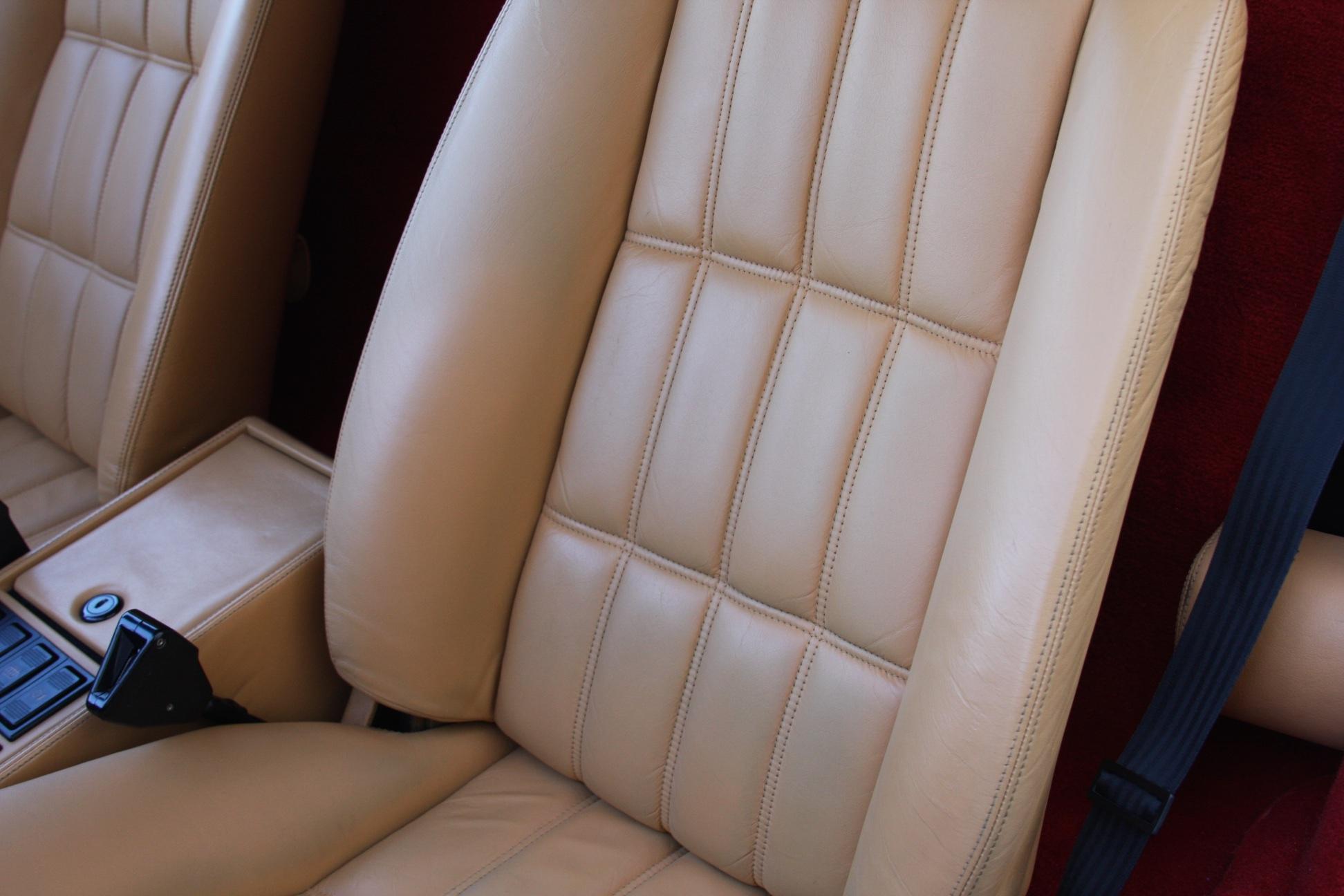 1989 Ferrari 328 GTS (K0080192) 13.jpg