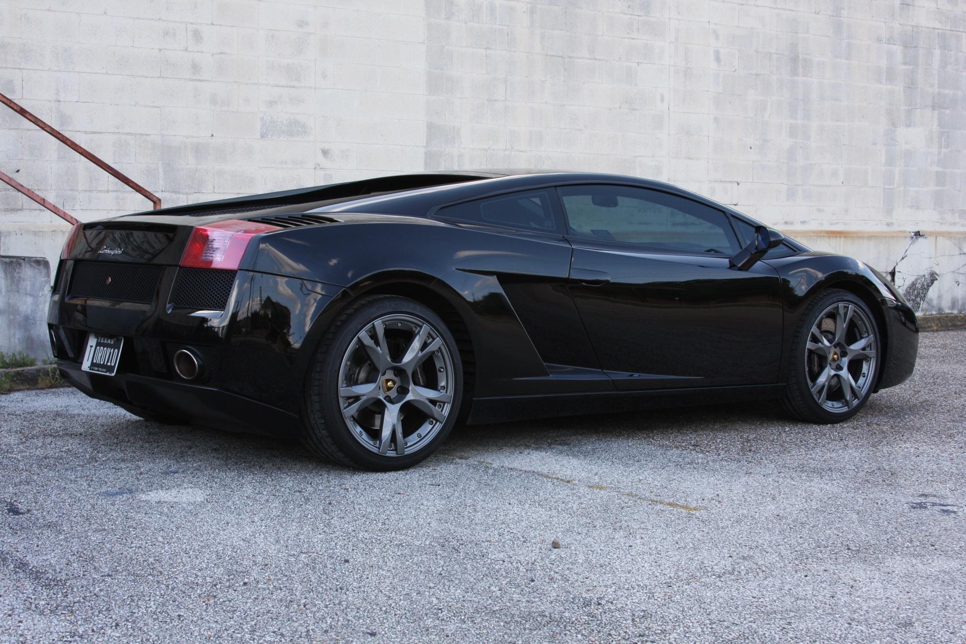 2007 Lamborghini Gallardo (7LA04819) 03.jpg