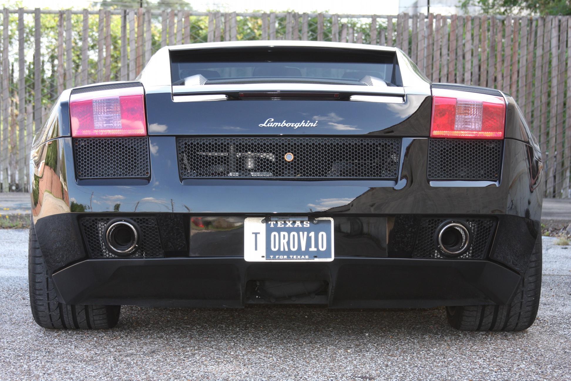 2007 Lamborghini Gallardo (7LA04819) 04.jpg