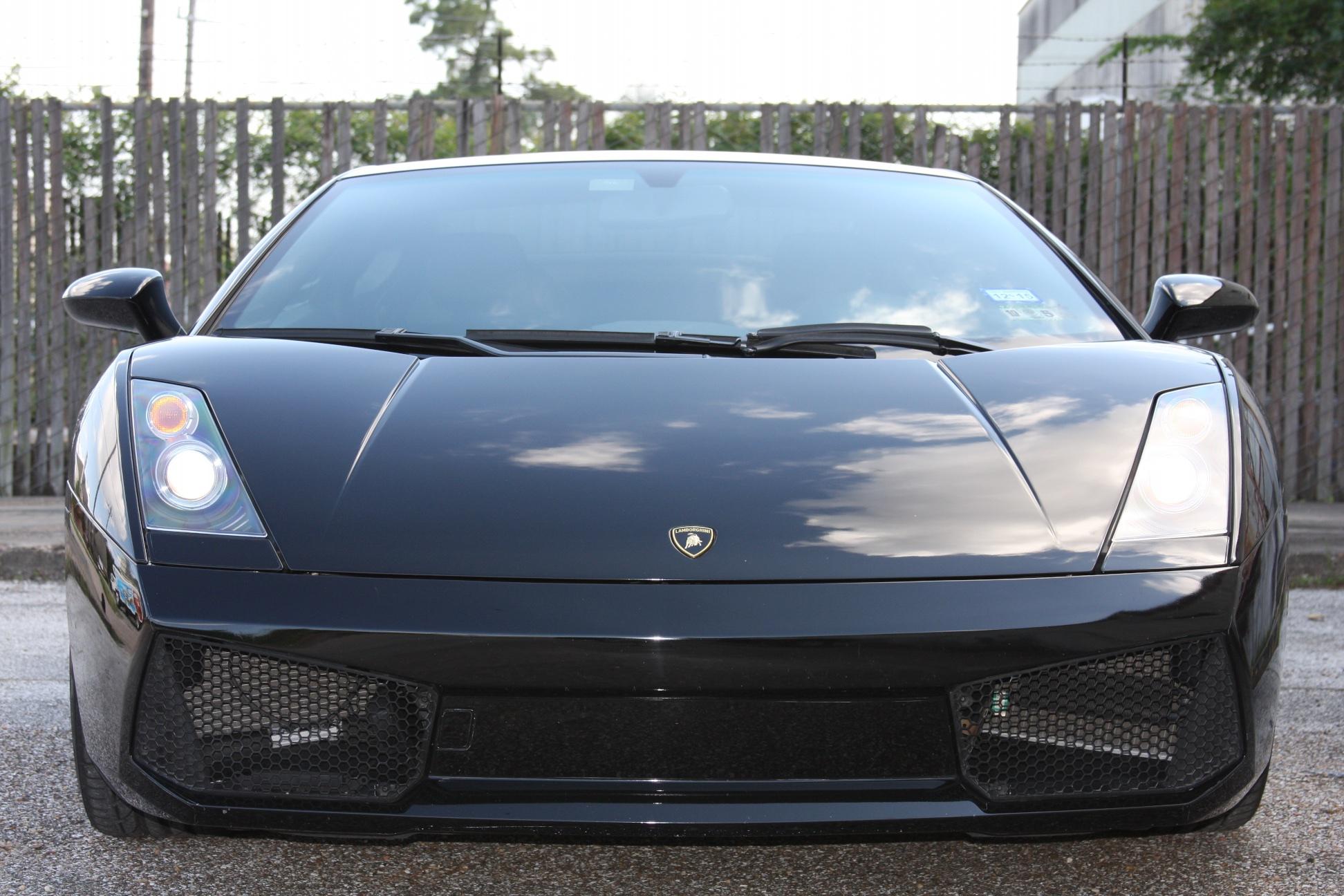 2007 Lamborghini Gallardo (7LA04819) 08.jpg