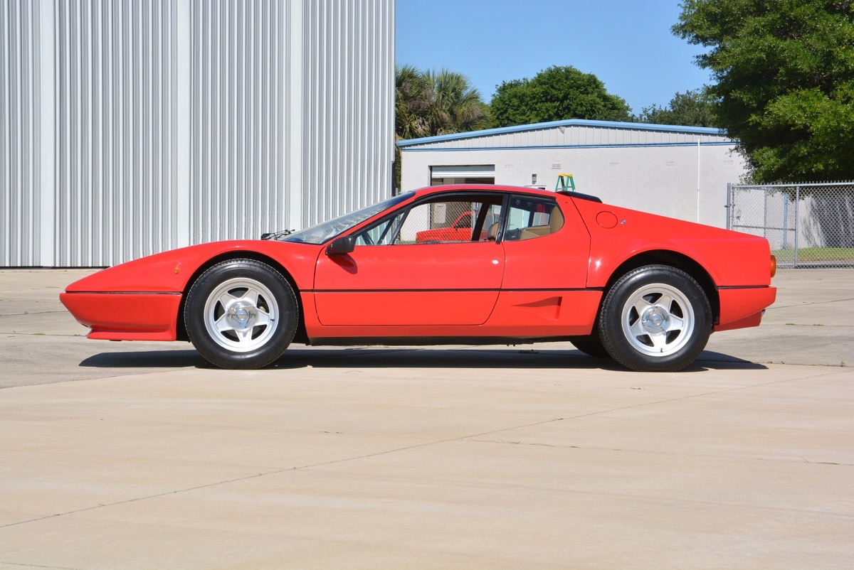 1982 Ferrari 512BBi - 01 of 44.jpg
