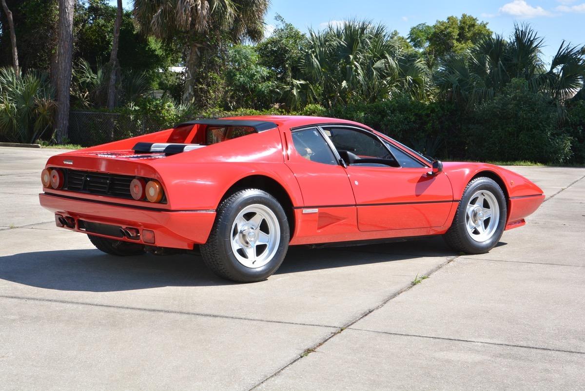 1982 Ferrari 512BBi - 07 of 44.jpg