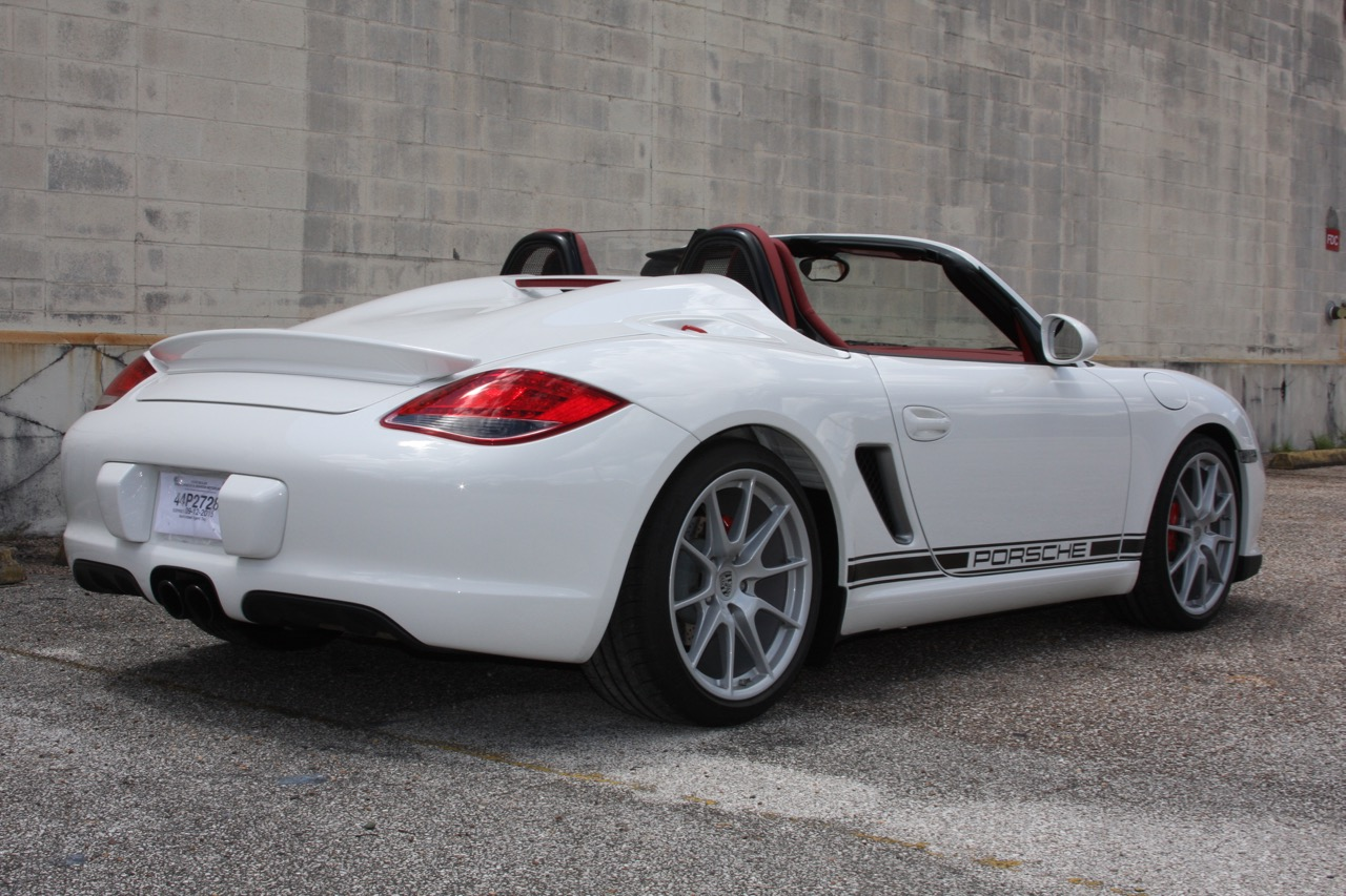2011 Porsche Boxster Spyder (White-Red) - 09 of 27.jpg