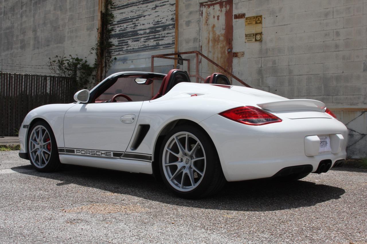 2011 Porsche Boxster Spyder (White-Red) - 10 of 27.jpg