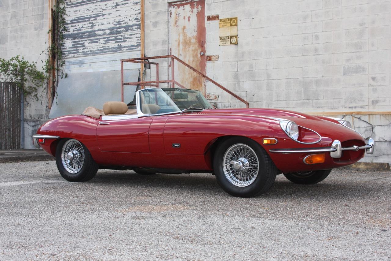1971 Jaguar E-Type - 01 of 30.jpg
