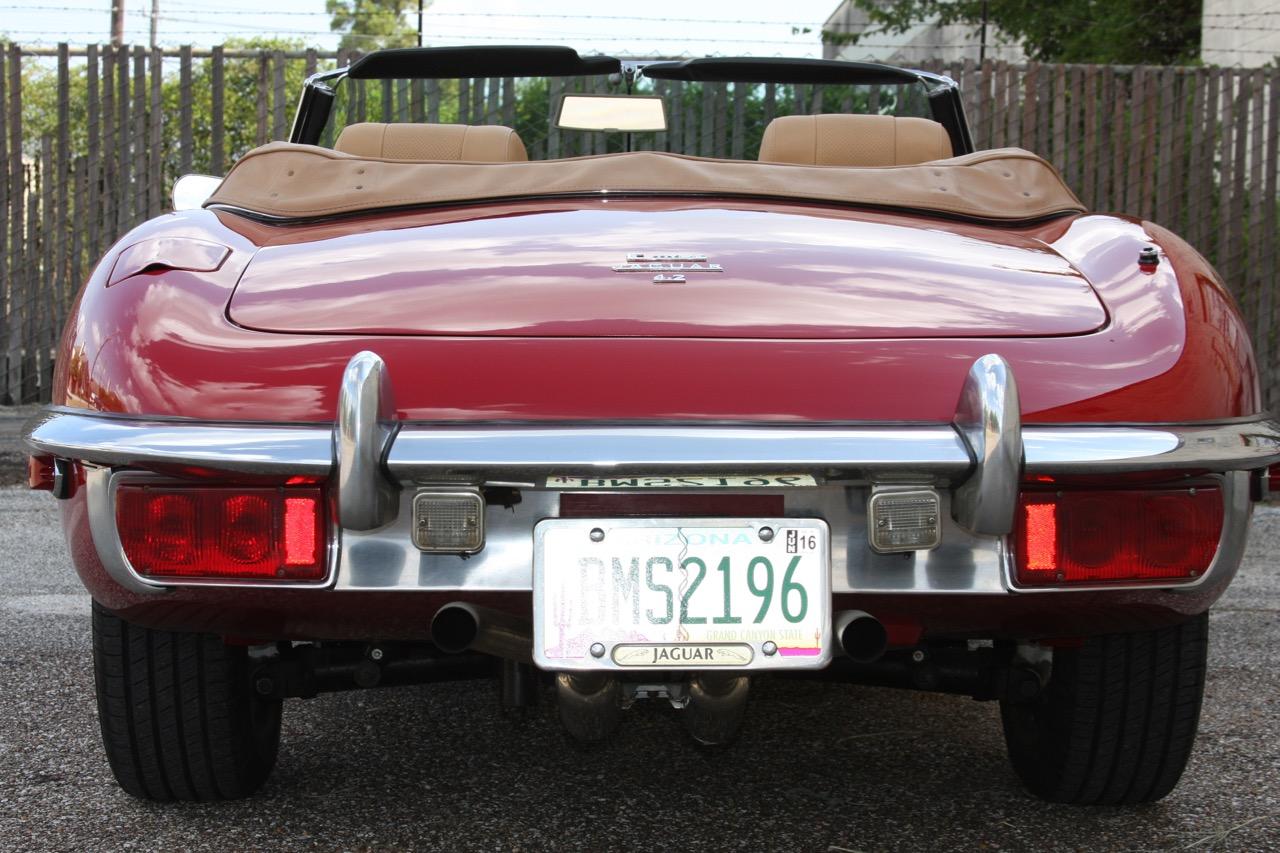 1971 Jaguar E-Type - 04 of 30.jpg