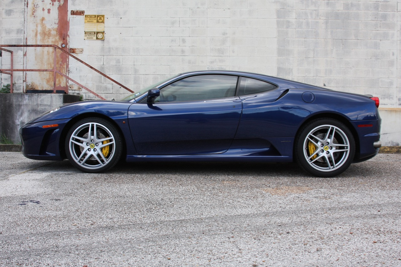 2005 Ferrari F430 - 06 of 34.jpg