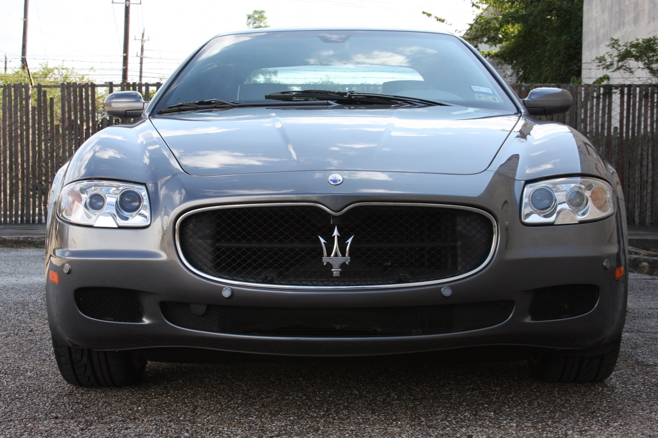 2008 Maserati Quattroporte - 08 of 33.jpg