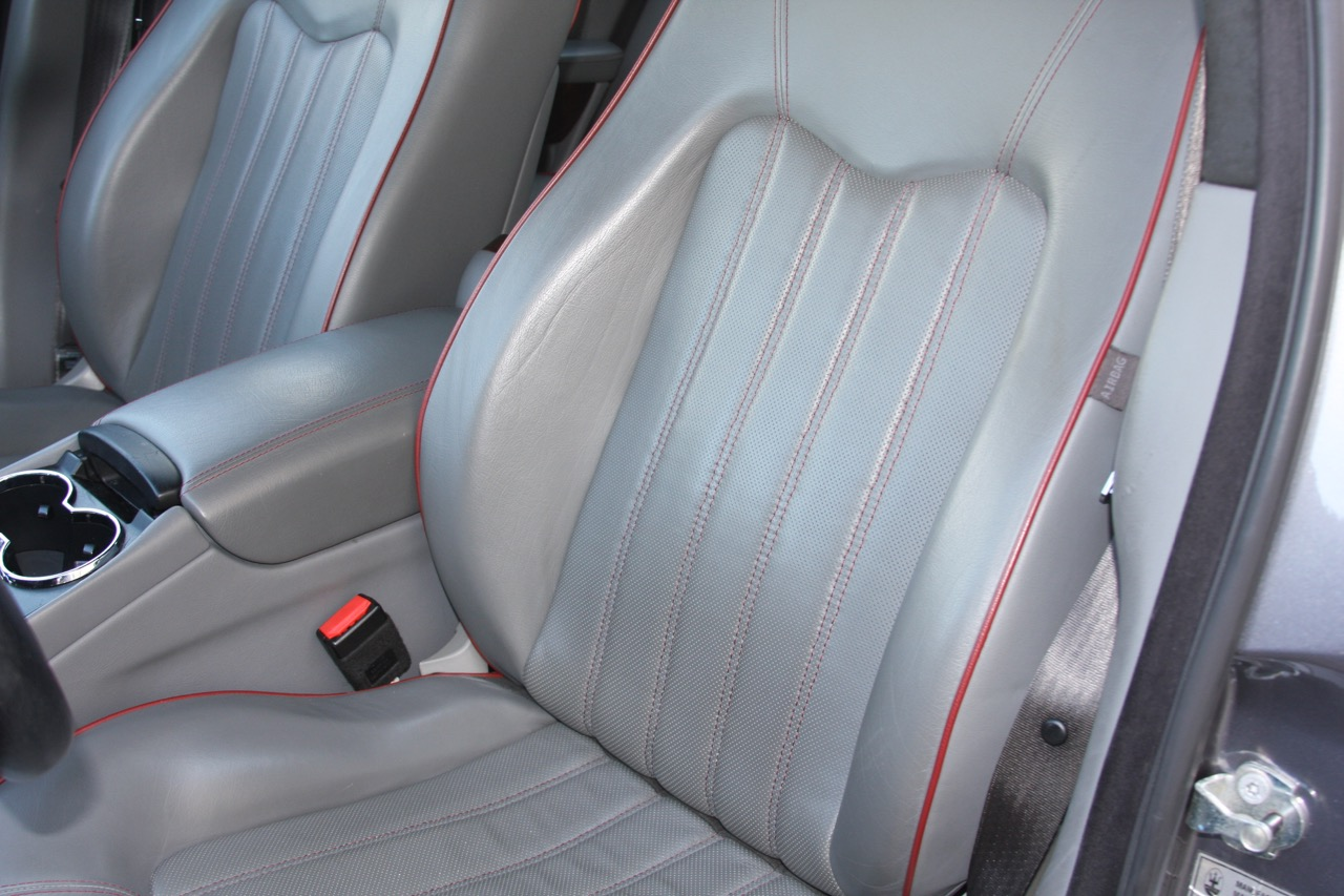 2008 Maserati Quattroporte - 15 of 33.jpg