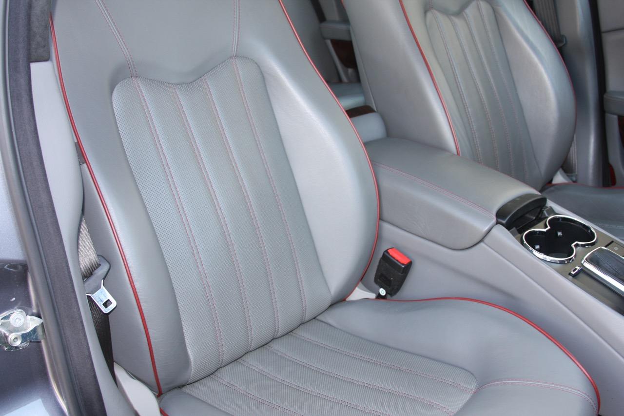2008 Maserati Quattroporte - 22 of 33.jpg