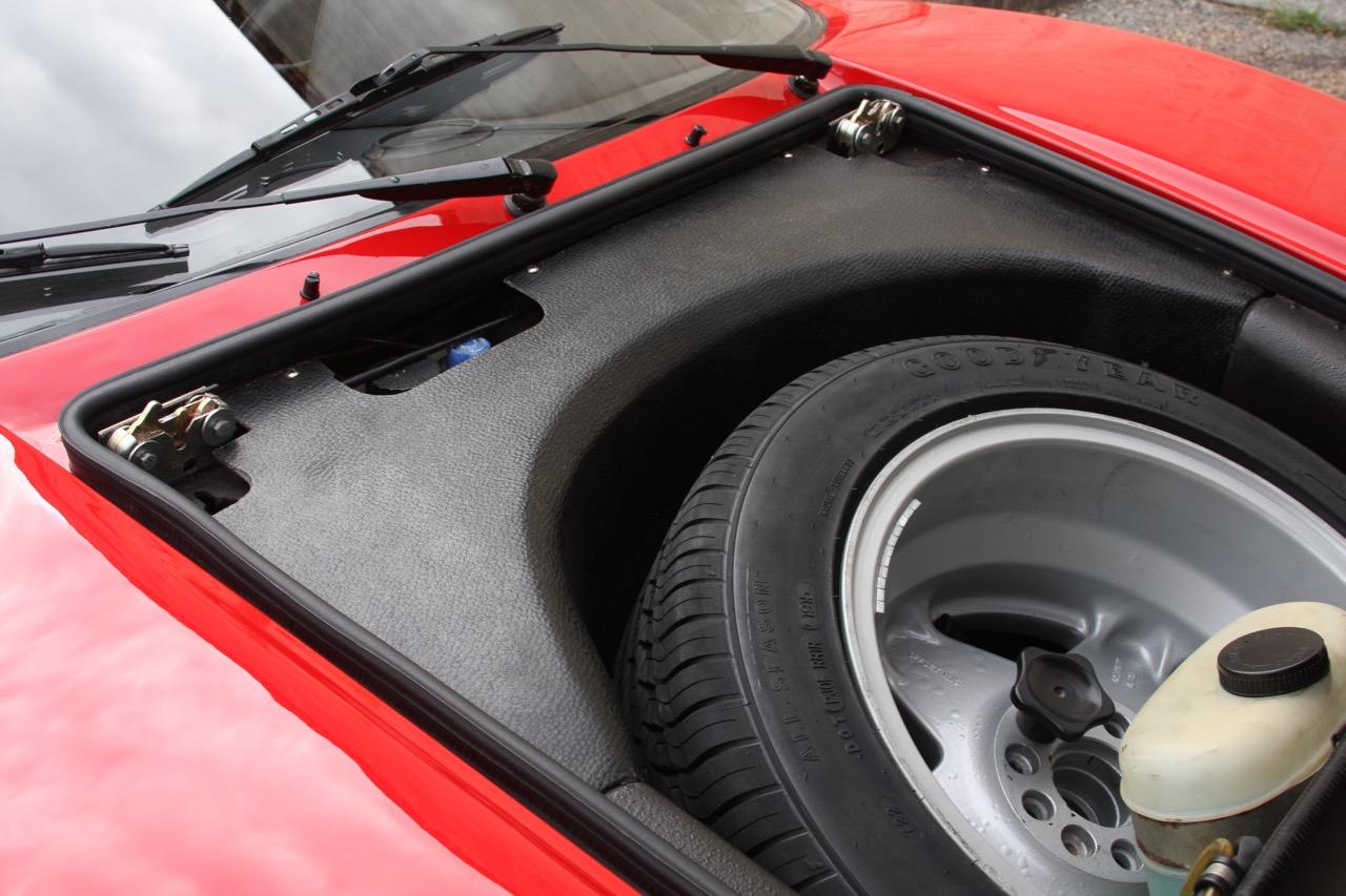 1985 Ferrari 308 GTB QV - 28 of 36.jpg