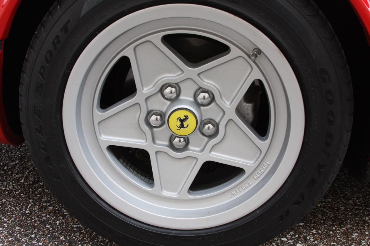 1985 Ferrari 308 GTB QV - 29 of 36.jpg