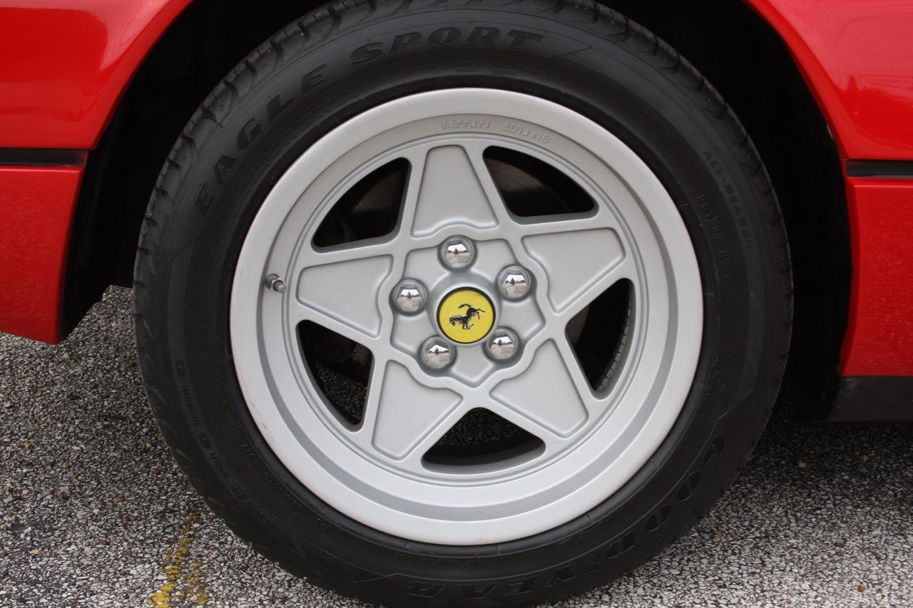 1985 Ferrari 308 GTB QV - 31 of 36.jpg