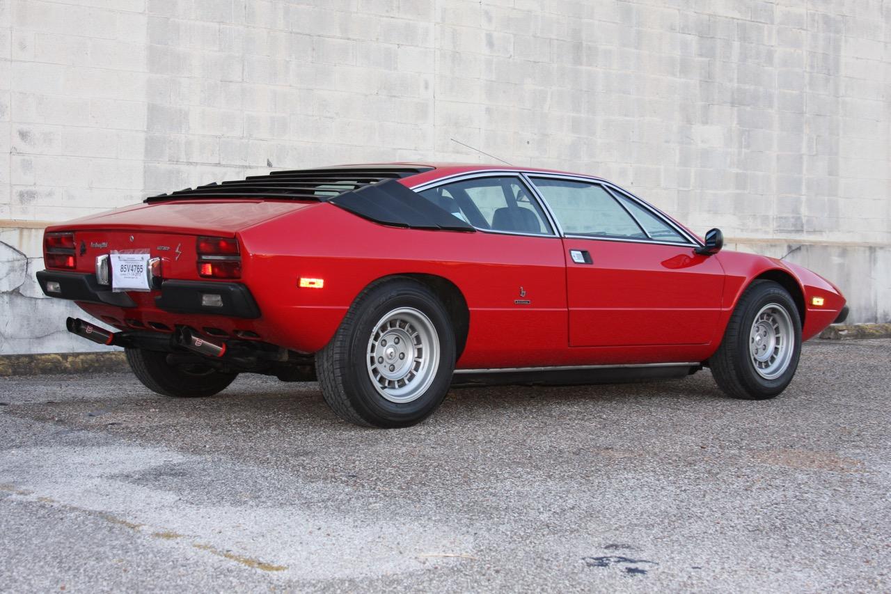 1975 Lamborghini Urraco P250 - 03 of 37.jpg