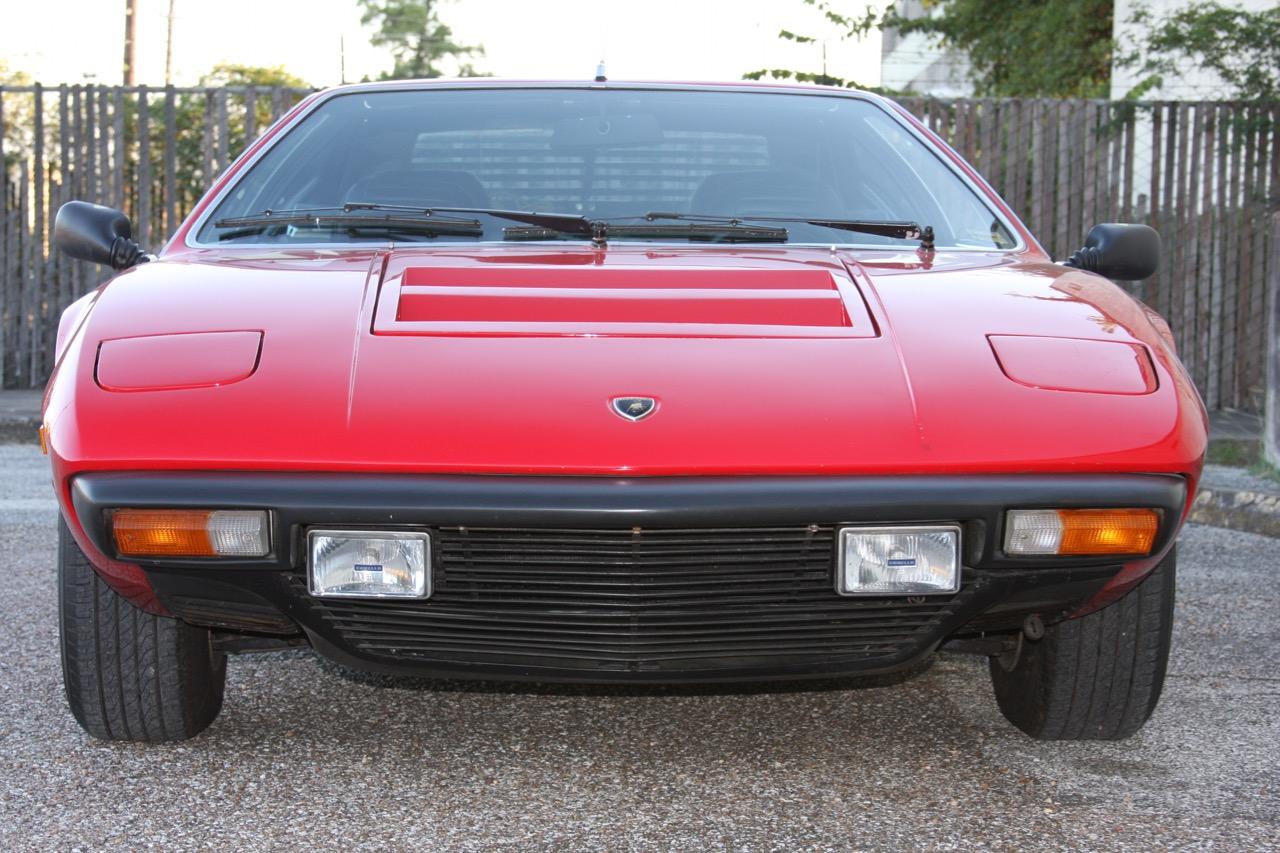 1975 Lamborghini Urraco P250 - 08 of 37.jpg