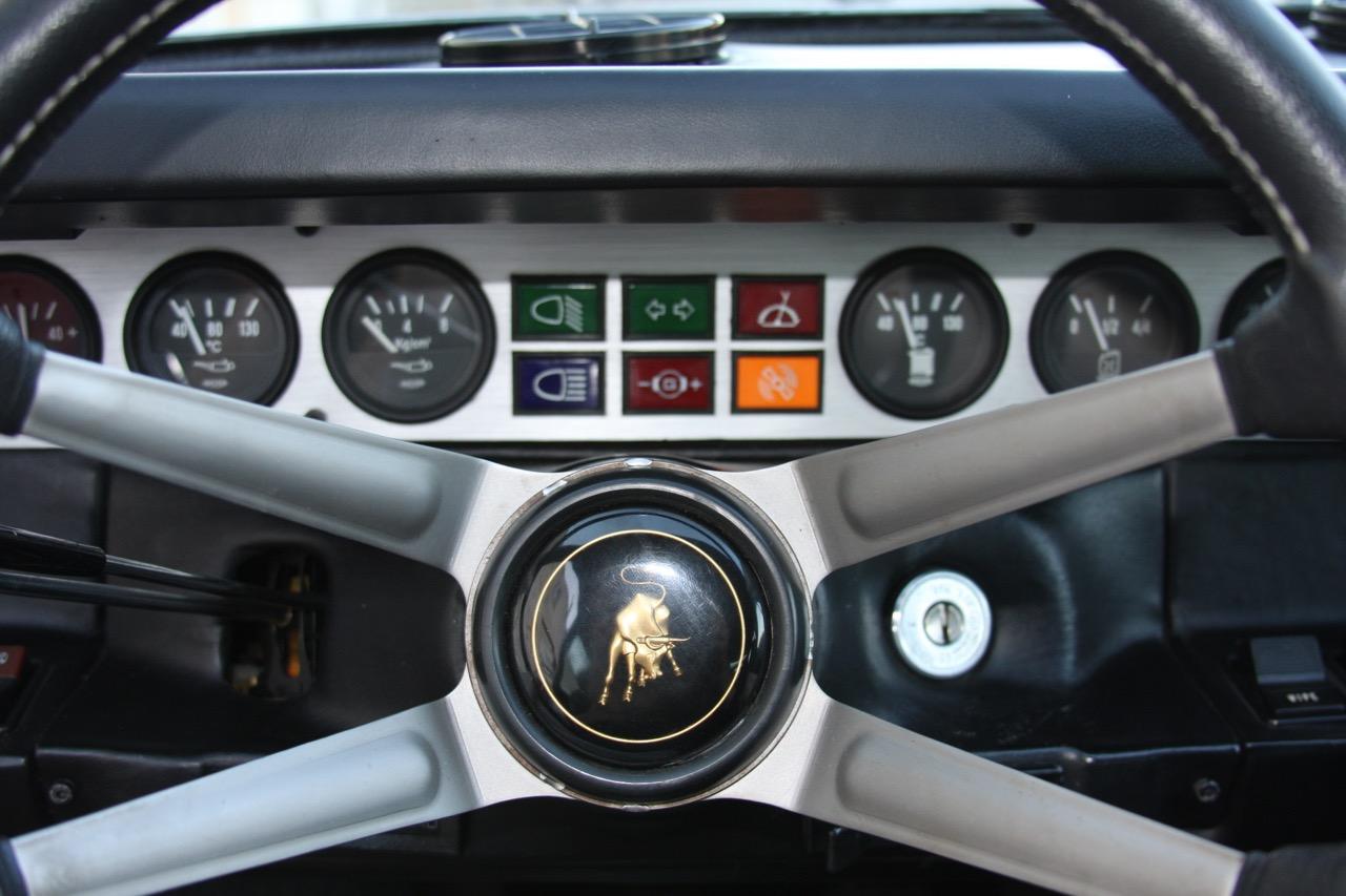 1975 Lamborghini Urraco P250 - 15 of 37.jpg