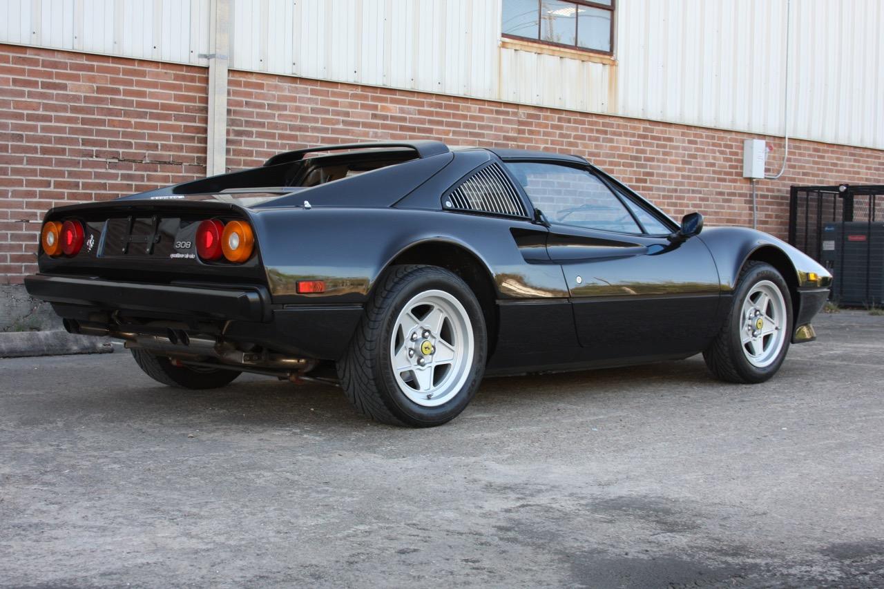 1984 Ferrari 308 GTS QV Euro (51569) - 03 of 36.jpg