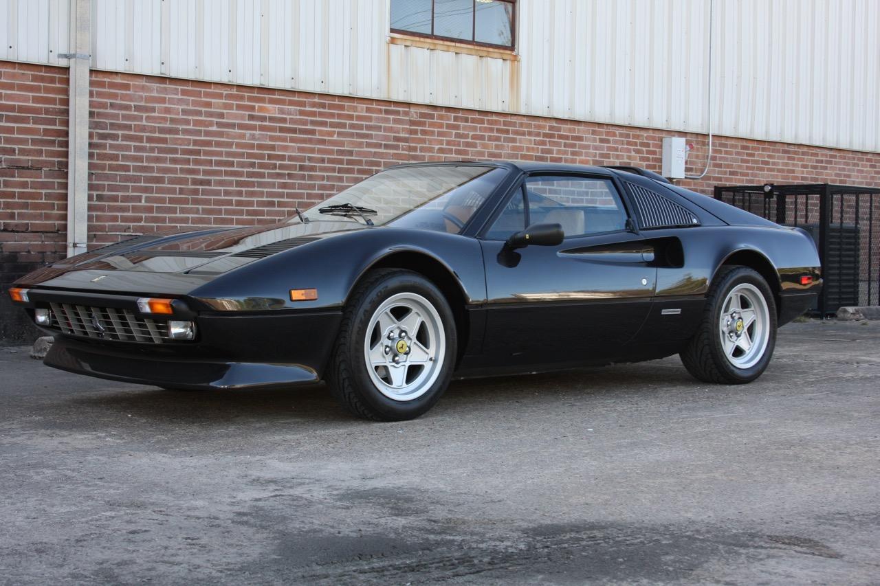 1984 Ferrari 308 GTS QV Euro (51569) - 07 of 36.jpg