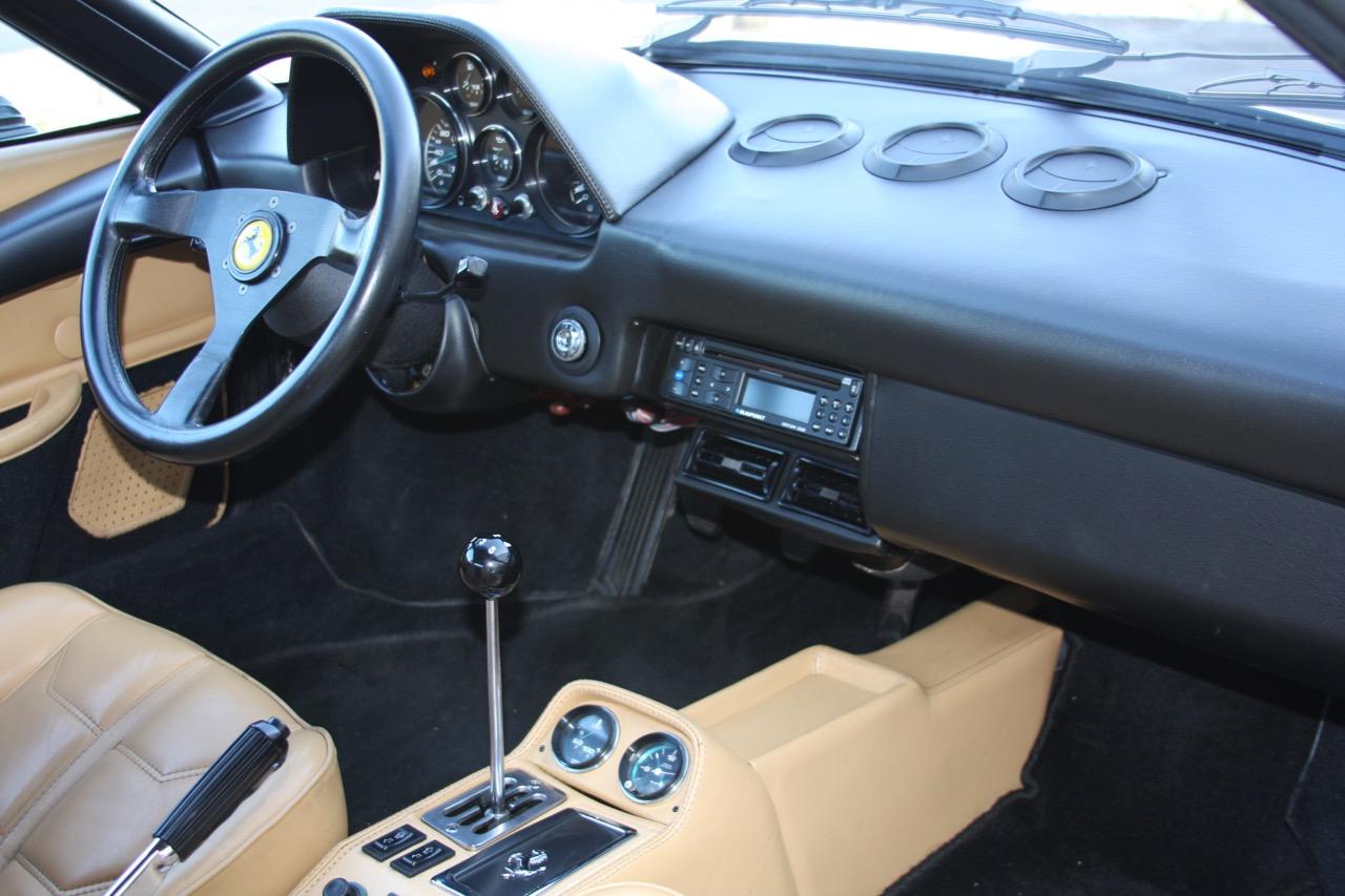 1984 Ferrari 308 GTS QV Euro (51569) - 23 of 36.jpg