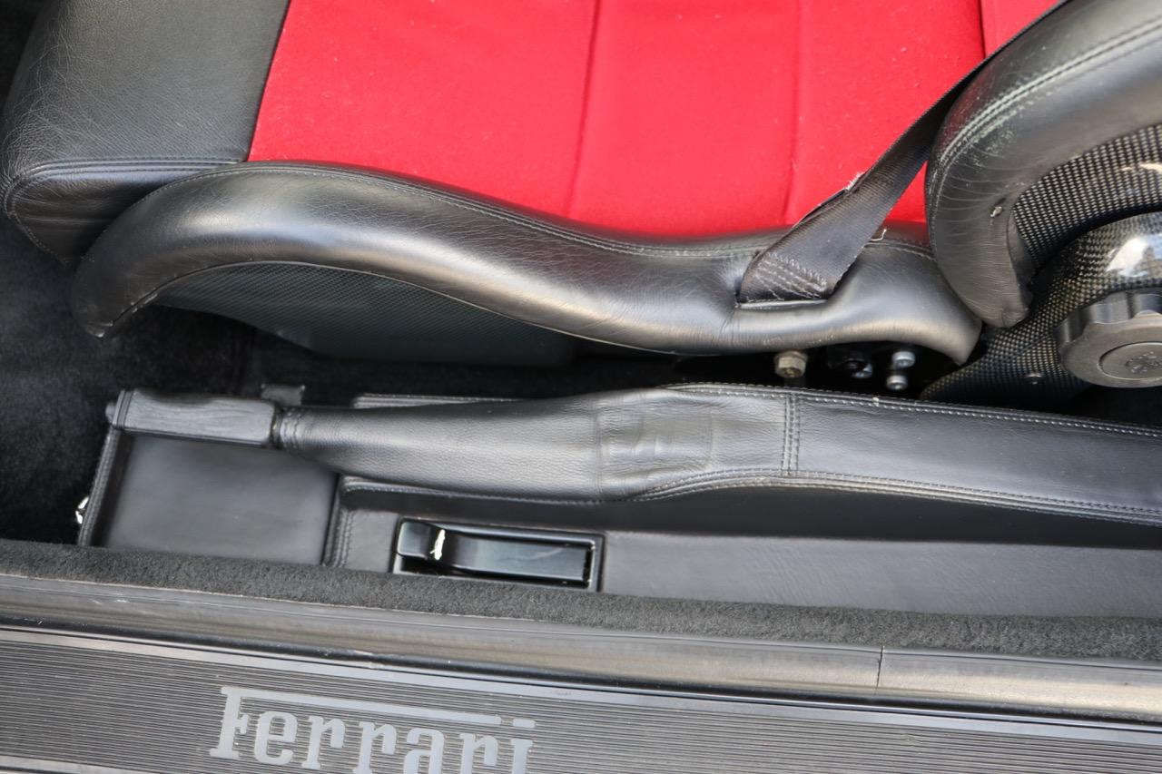 1998 Ferrari F355 Berlinetta F1 (W0112561) - 12 of 32.jpg