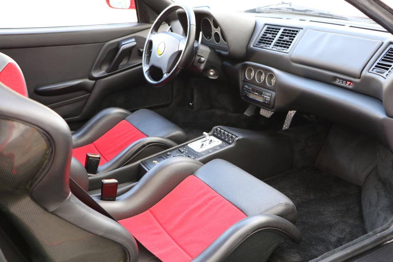 1998 Ferrari F355 Berlinetta F1 (W0112561) - 21 of 32.jpg