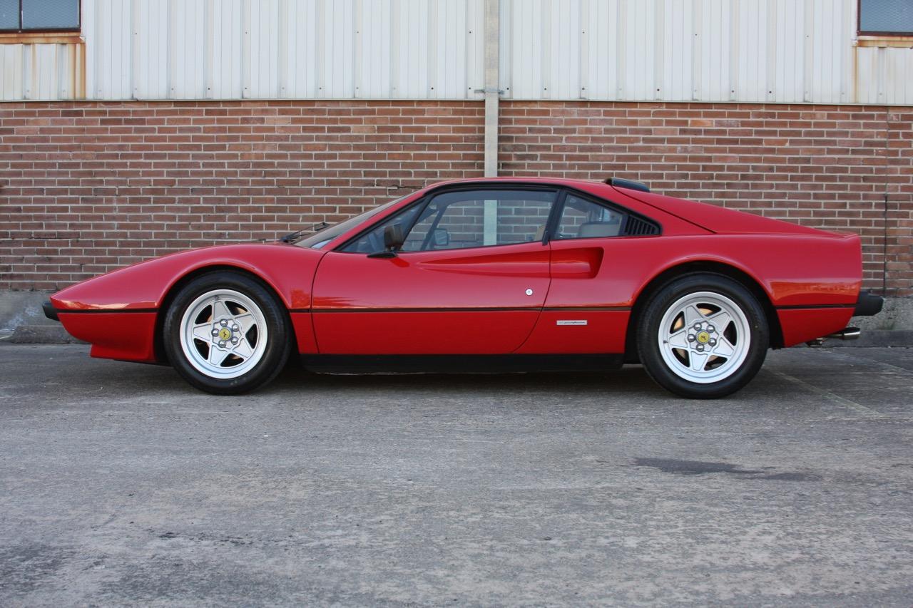 1984 Ferrari 308 GTB (49461) - 06 of 31.jpg