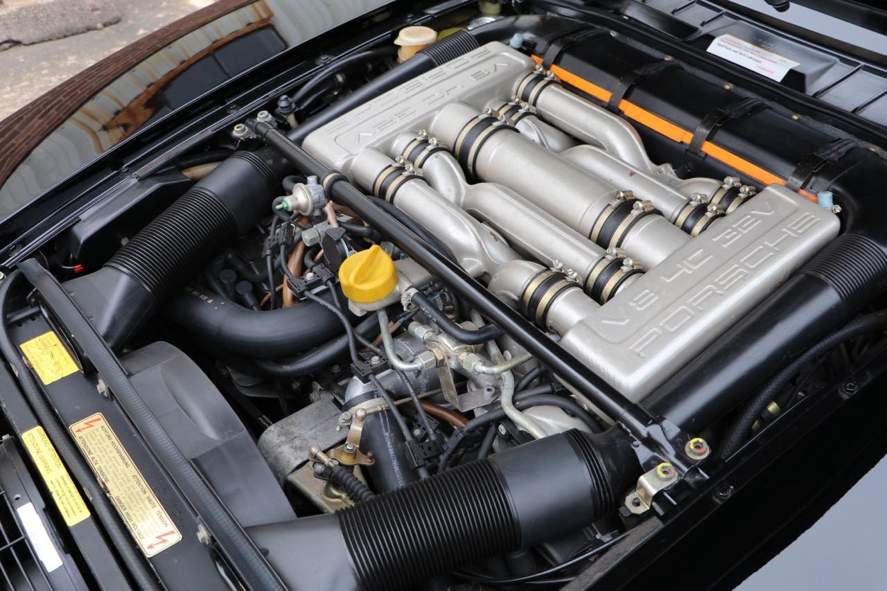 1986 Porsche 928S (GS860574) - 32 of 36.jpg