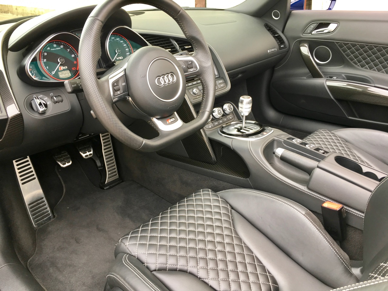 2014 Audi R8 Spyder (EN000164) - 17.jpg