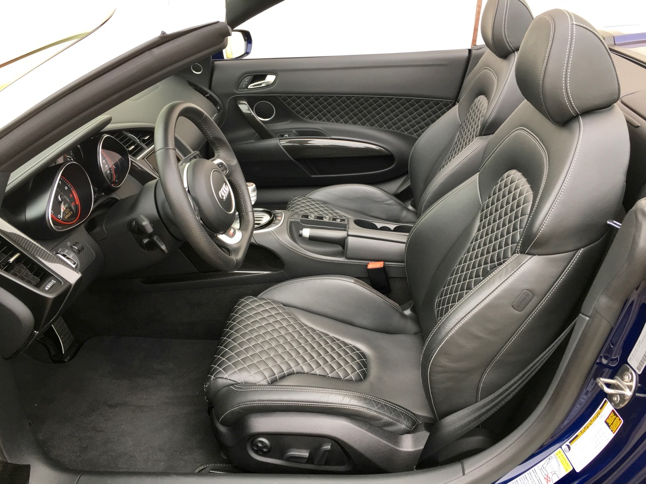 2014 Audi R8 Spyder (EN000164) - 18.jpg