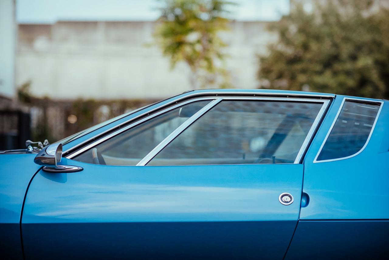 1969 De Tomaso Mangusta (8MA858) - 5.jpg