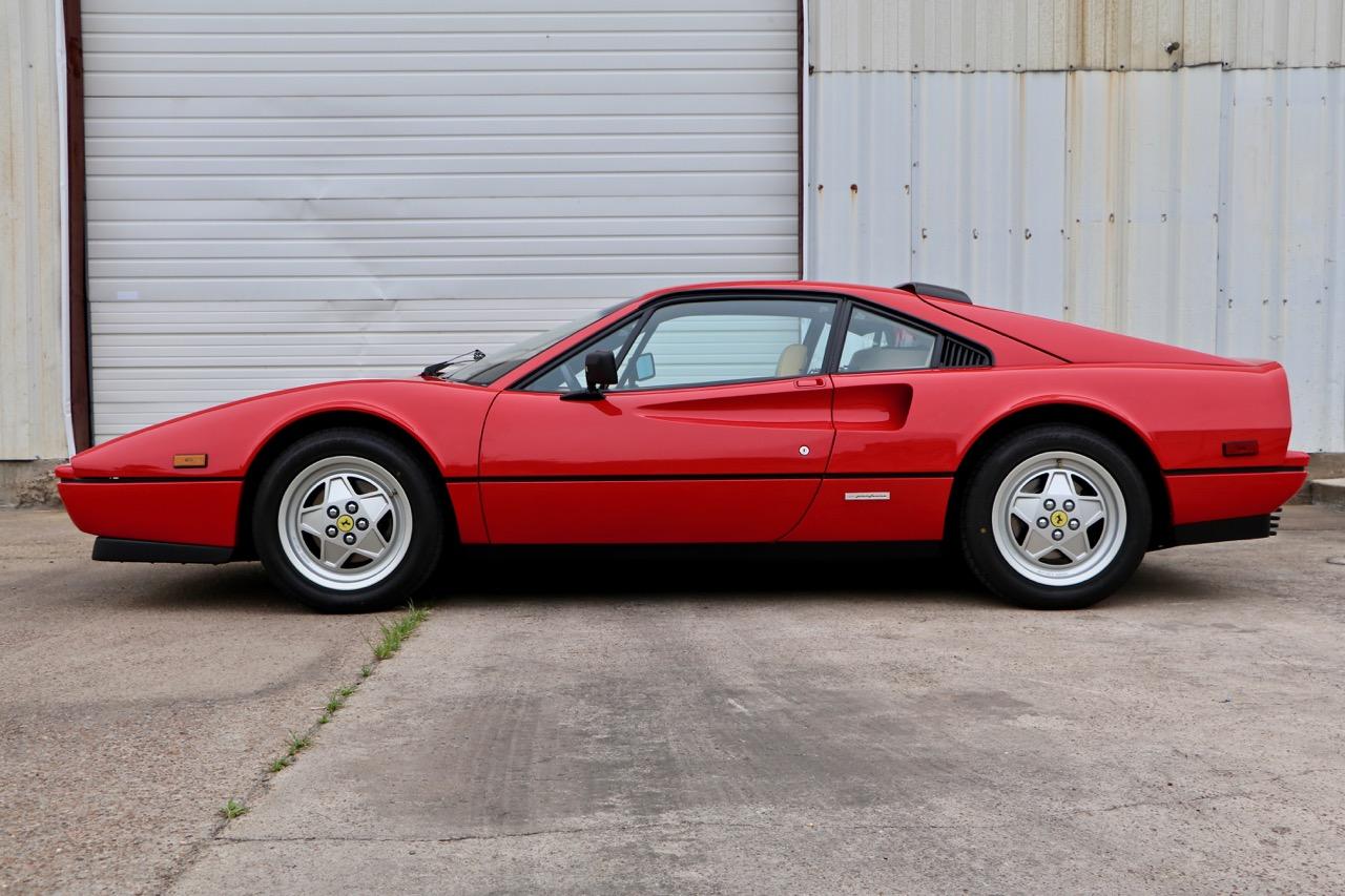 1988 Ferrari 328 GTB (77338) - 02.jpg
