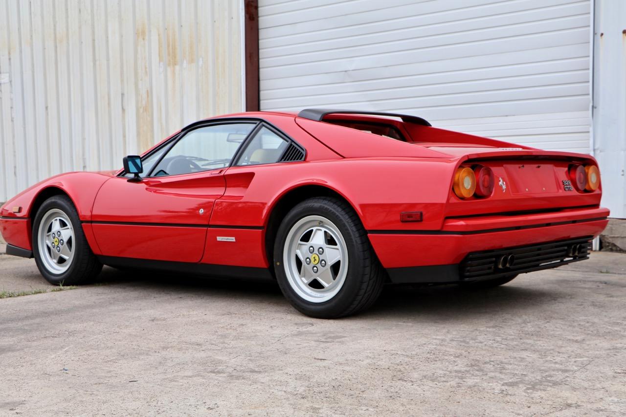 1988 Ferrari 328 GTB (77338) - 03.jpg