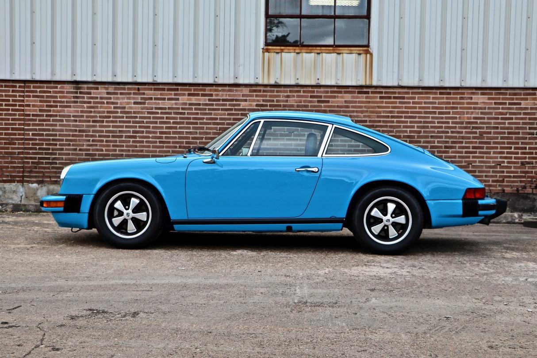 1974 Porsche 911 (9114102717) - 08.jpg