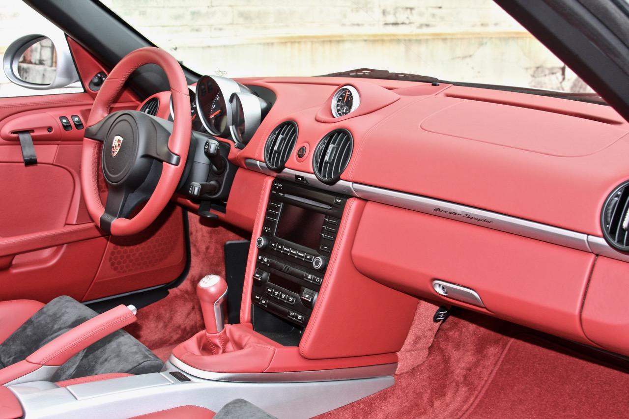 2011 Porsche Boxster Spyder (BS745448) - 17.jpg