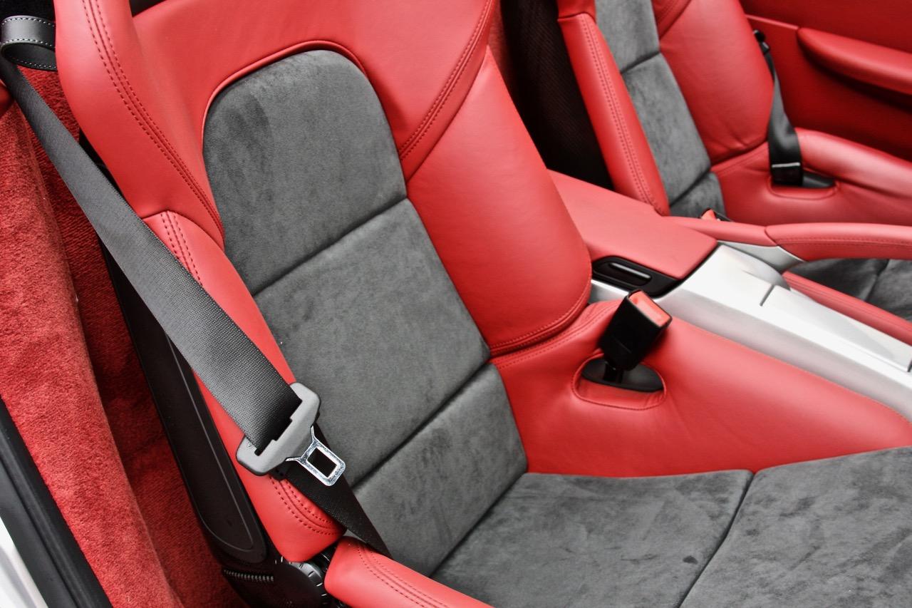 2011 Porsche Boxster Spyder (BS745448) - 19.jpg