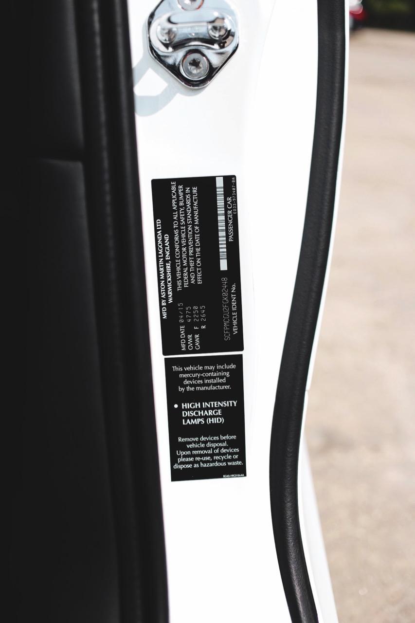 2015 Aston Martin Vanquish Volante Carbon Edition (FGK02448) - 24.jpg