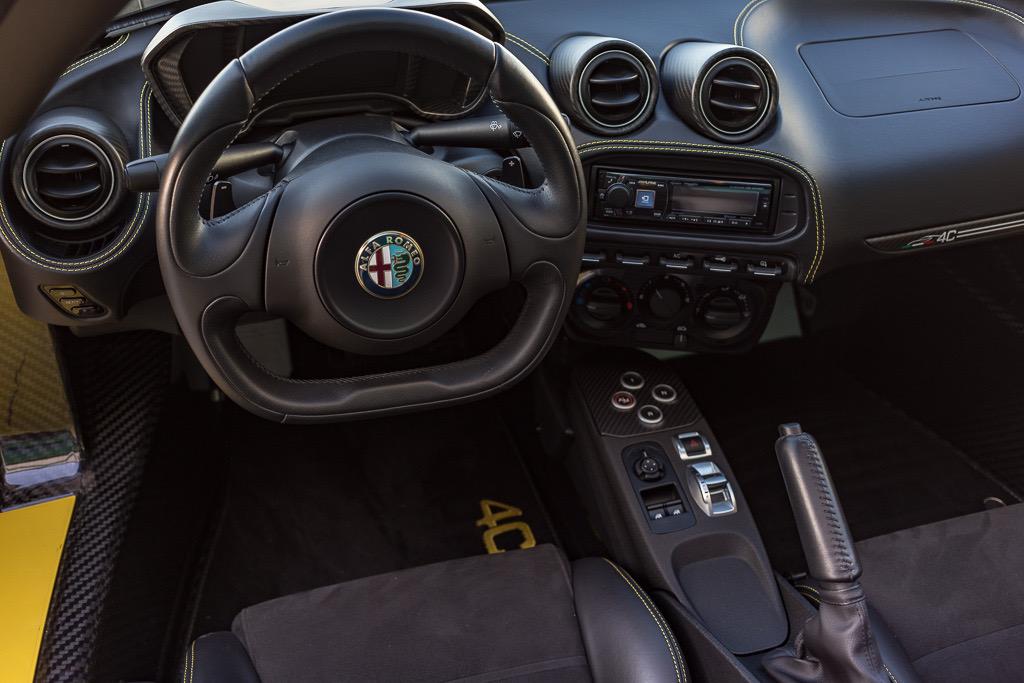 2016 Alfa Romeo 4C Spider (GM181300) - 76.jpg